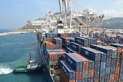 صحيفة إسبانية: المغرب عزز من خلال عمليات توسعة ميناء طنجة المتوسط موقعه كبوابة ولوج إلى إفريقيا بالنسبة للشركات العالمية
