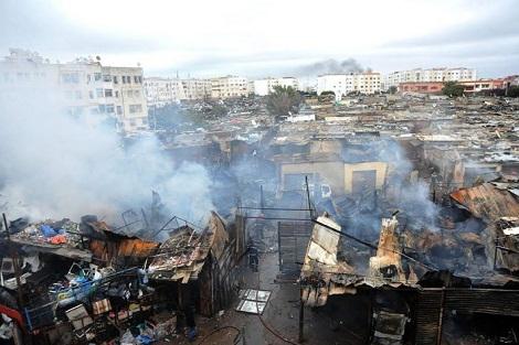 """حريق مهول يلتهم سوق """"دلاس"""" بالبيضاء"""