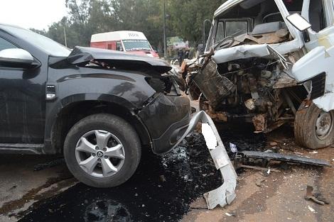 إصابة رئيس جماعة ضواحي سطات وأبنائه في حادثة سير