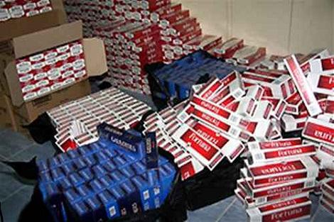 فاس.. توقيف شخص يشتبه تورطه في قضية تتعلق بخرق حالة الطوارئ الصحية وترويج منتوجات التبغ المهرب