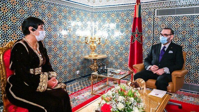 الملك محمد السادس يستقبل زينب العدوي ويعينها في منصب الرئيس الأول للمجلس الأعلى للحسابات